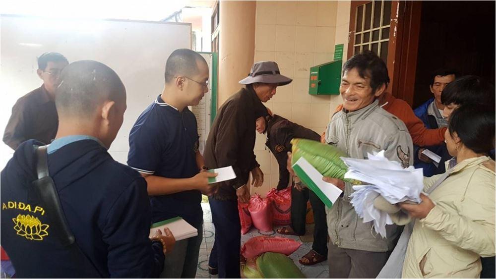 Chương trình hỗ trợ đồng bào lũ lụt tại Bình Định – 31/12/2016